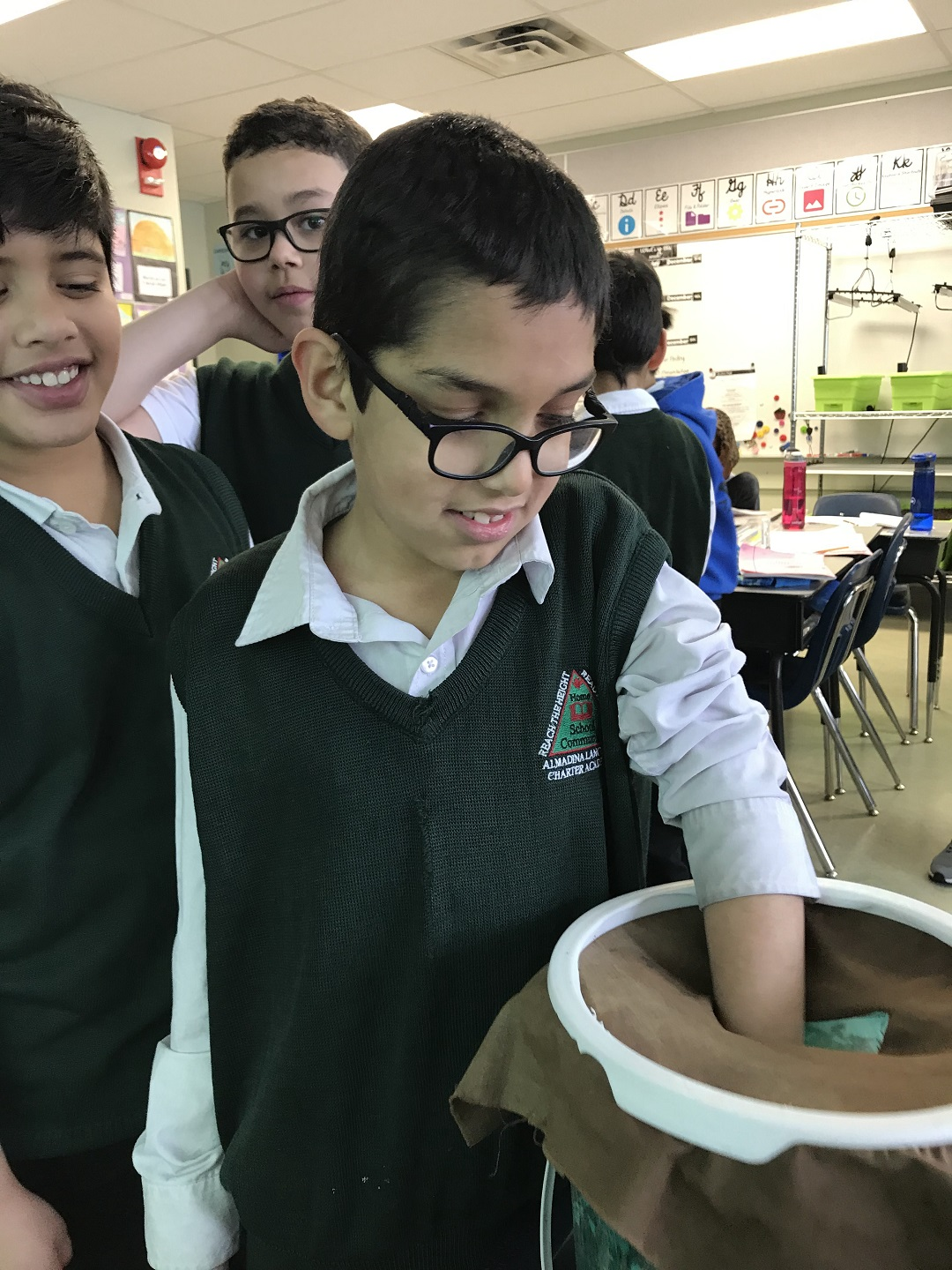f7af798a6a1 Living Soil in Grade 4 – Almadina Language Charter Academy
